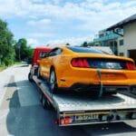 Autoüberstellung Mustang